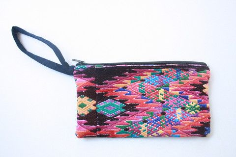Huipil Clutch- Chisec – Humble Hilo | Creating a Common Thread