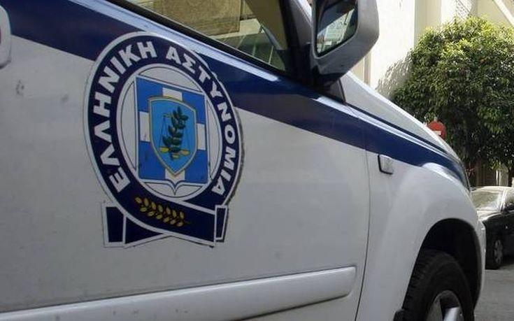 Νεαρός αποσπούσε πολυτελή αυτοκίνητα με πλαστά αποδεικτικά > http://arenafm.gr/?p=289083