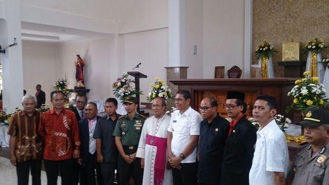 Peduli Kolaka: Bupati Kolaka Resmikan Gereja Katolik Santo Clemen...