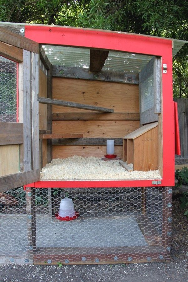 50 Creative Chicken Coop Designs You Should Consider For Your Chickens Simple Chicken Coops Desi Easy Diy Chicken Coop Easy Chicken Coop Portable Chicken Coop