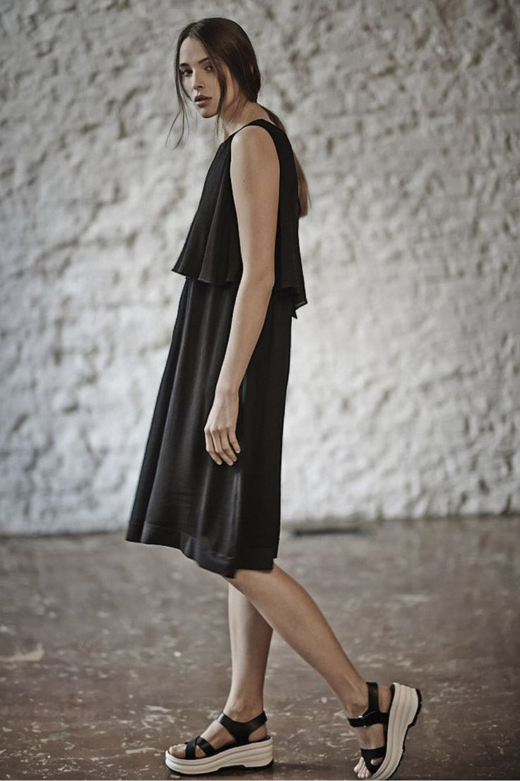 Купить Платье ГОФРЕ с пелериной от Lesel (Лесель) российский дизайнер одежды