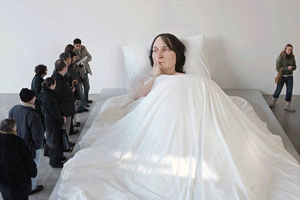 A selection of photos of the stunning works of Australian sculptor Ron Mueck.