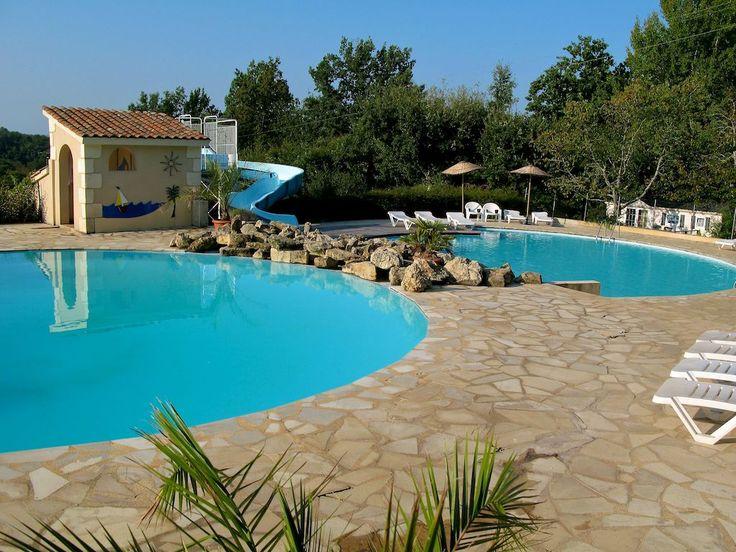 Dordogne, Camping Le Clou, een kleinschalige familiecamping met appartementen en safariten. Van Nederlandse eigenaren.      www.camping-le-clou.com
