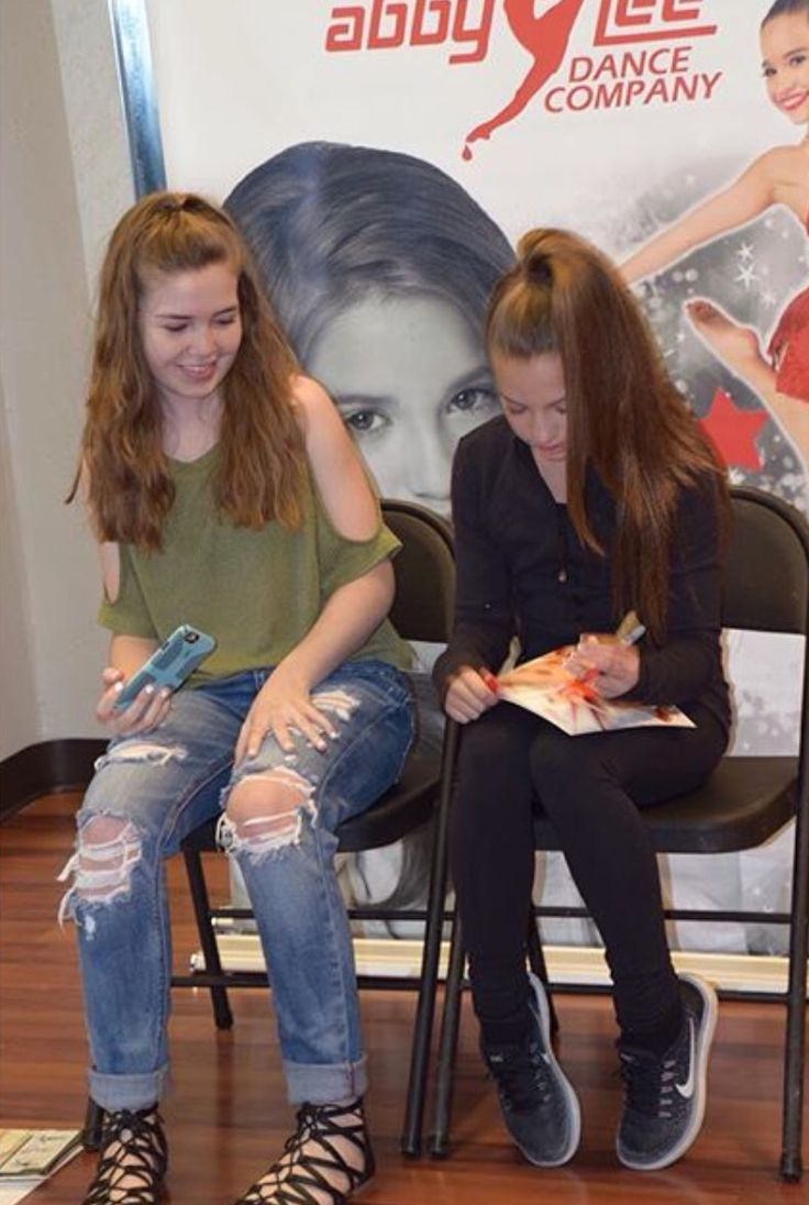 dance moms meet and greet uk 2016