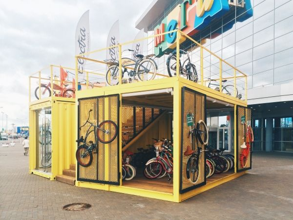 Electra Mega container, perfect single guys or gals pad http://howtobuildashippingcontainerhome.blogspot.co.nz/