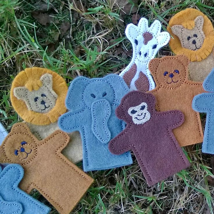Felt finger puppets and a machine embroidery tutorial on