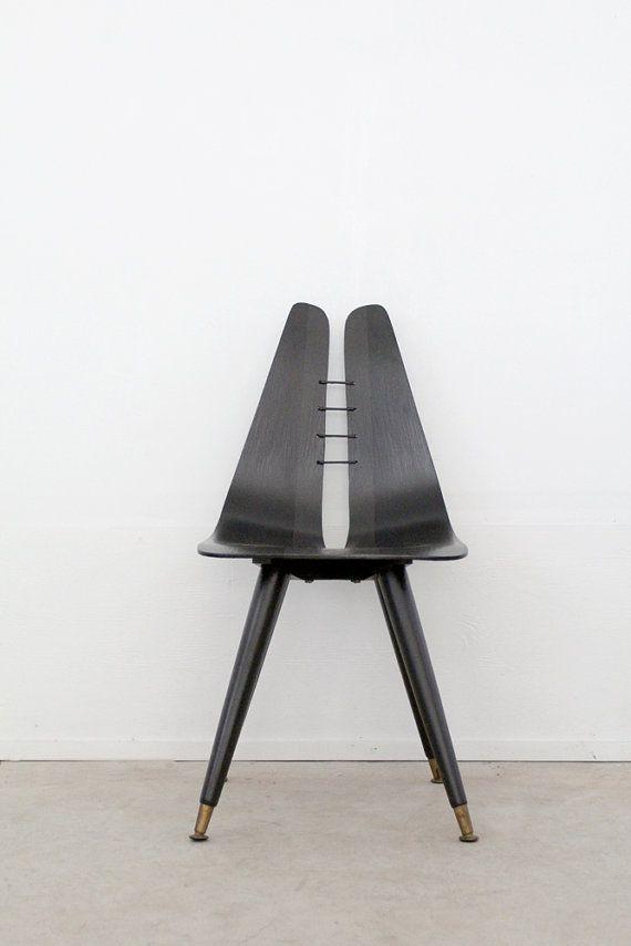 mediados siglo silla / silla de escritorio negro por 86home en Etsy