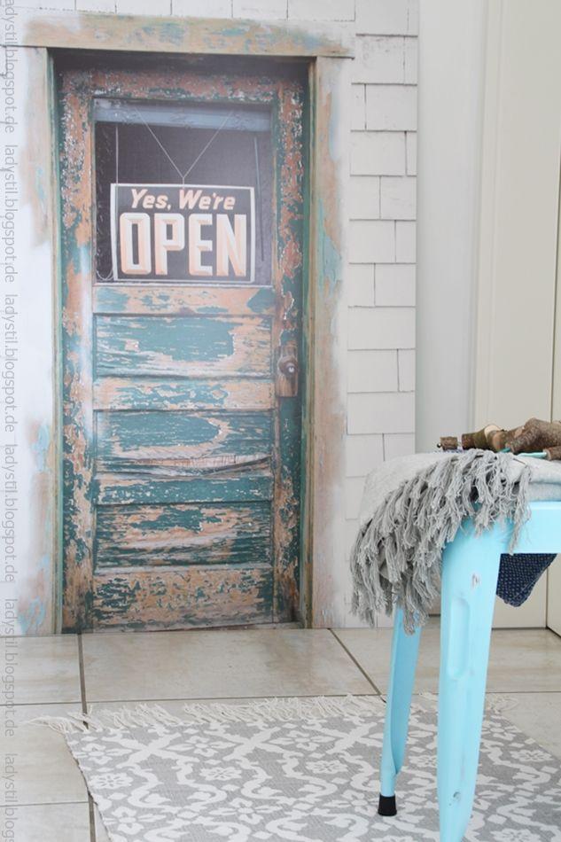 Die versteckte #Tür - hidden #door - kreative Wandgestaltung mit Türpostern von Posterlounge