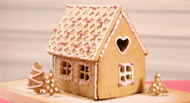 Vidéo : comment faire une maison en pain d'épices ? recette et gabarits