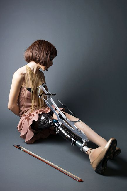 Masami Orimo, musician. instrumental prosthetic leg