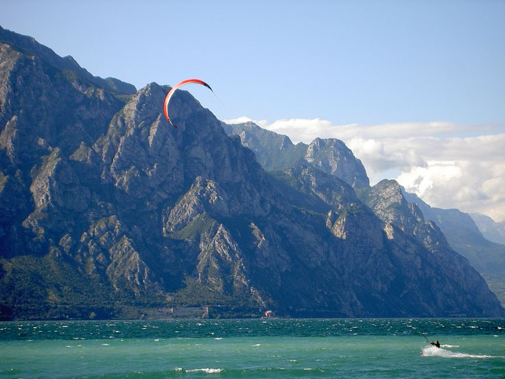 I will be there and do this! Kite Surfing am Gardasee.  Kite Surfing at the Lake Garda.  Kite Surfing Lago di Garda.