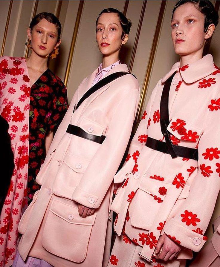 """Highlight from London Fashion Week? Today's @simonerocha_ show: her signature feminine aesthetic…"""