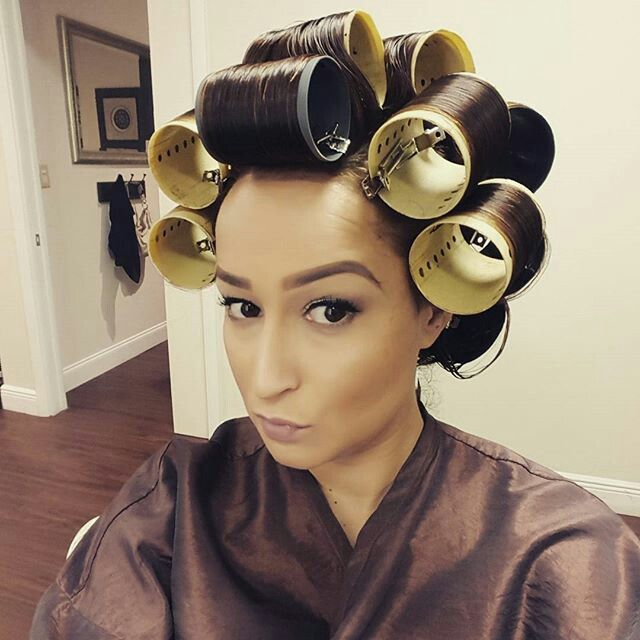 how to put hot rollers in hair