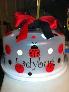 Ladybug cake carrier
