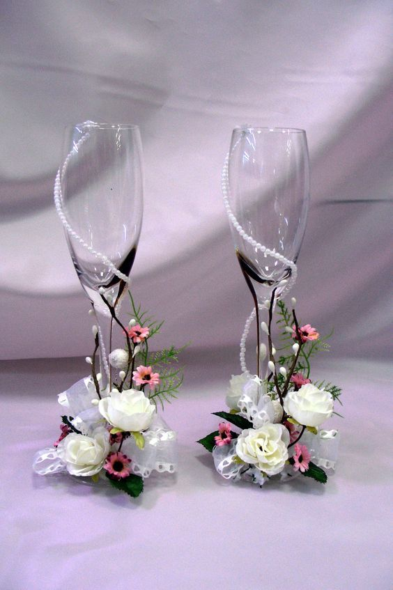 2019 Elegant Trendy Wedding Champagne Glasses Decoration