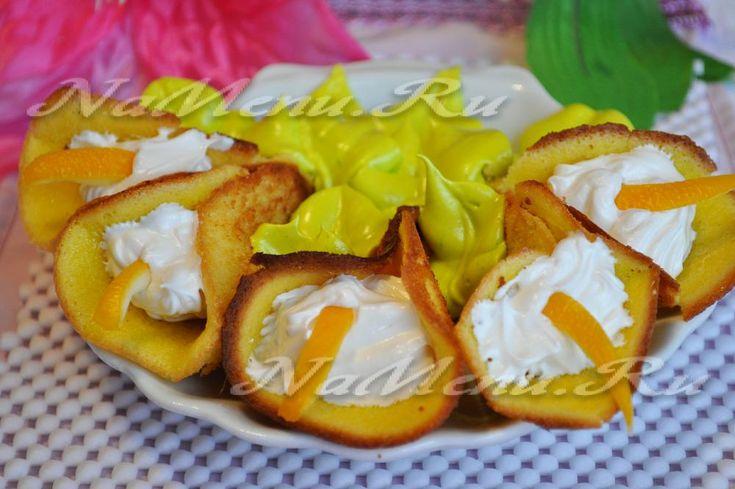 Пирожное «Каллы» называется так в честь цветов, на которые оно очень похоже. Это необычный и очень вкусный...