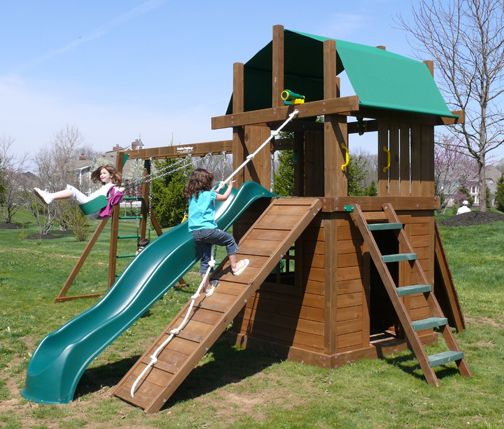 The Williamsburg III Clubhouse Deluxe Wooden Swing Set