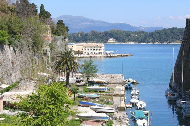 Corfu is like an 18th century estate floating off the coast of Greece. The town is like a country house, somewhat tattered and worn, but beautiful, full of character and interest. The mansions and country villas of the Venetian-created aristocracy are unique in the islands. #FiveStarGreece #LuxuryVillas #HolidayMatchmakers