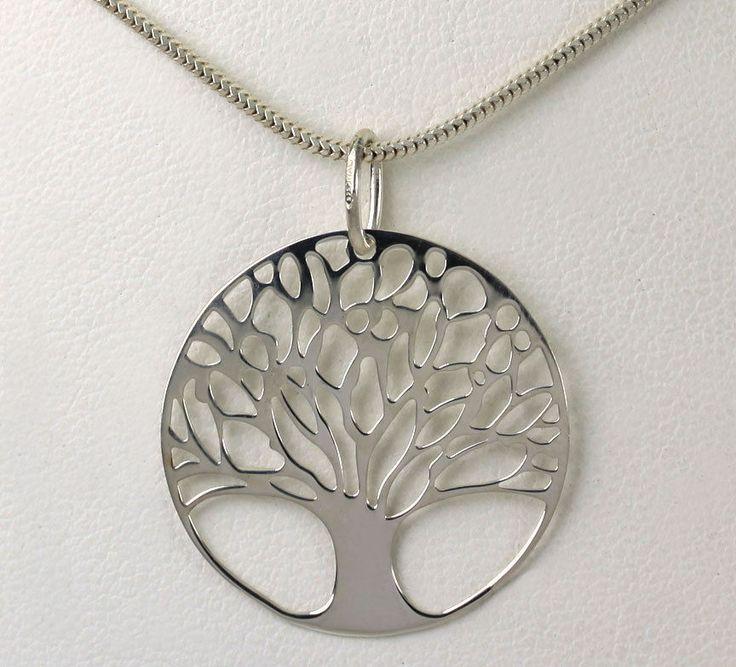 "Sterling #Silver Tree of Life Circle Pendant 18"" Snake Chain #Jewelry #Fashion http://www.ebay.com/itm/-/401188758547?roken=cUgayN&soutkn=PvpTZl via @eBay"