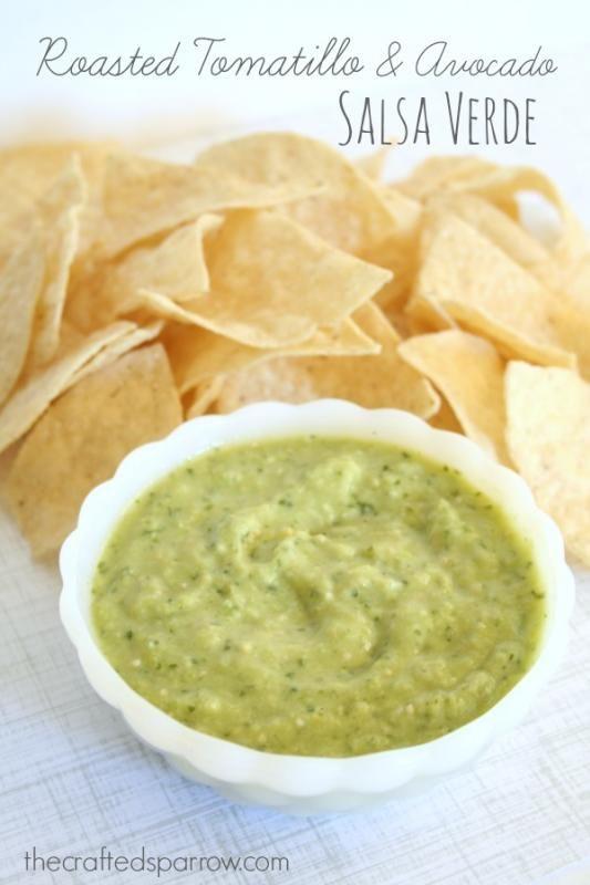 Roasted Tomatillo & Avocado Salsa Verde thecraftedsparrow.com