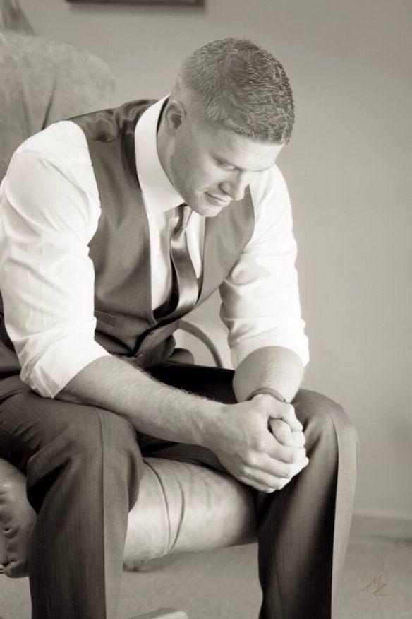 Prayer, groom, wedding, wedding photography, husband, groomsmen pictures