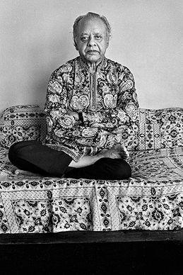 Raghu Rai - Ustad Allah Rakha @ Music Maestros: Photographs by Raghu Rai | StoryLTD