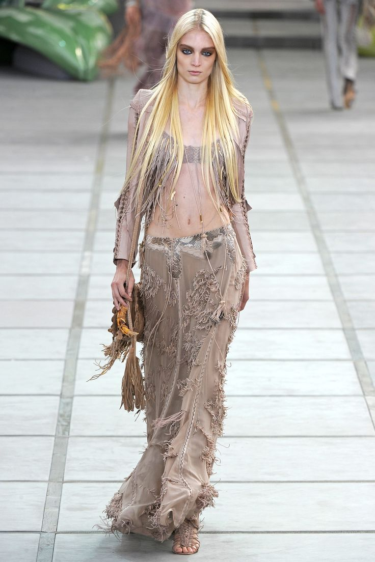 Roberto Cavalli Spring/Summer 2011 Ready-To-Wear Collection  Look 15