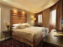 TOP 10 BUSINESS HOTELS IN KL http://www.bookklhotels.com/top-10-business-hotels/
