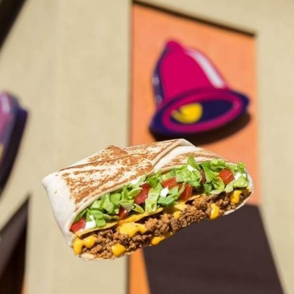 Taco Bell Launches Dedicated Menu For Vegan Burrito Lovers Vegan Fast Food Vegan Taco Bell Vegan Burrito