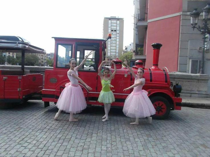 Bailarinas al tren!!!!