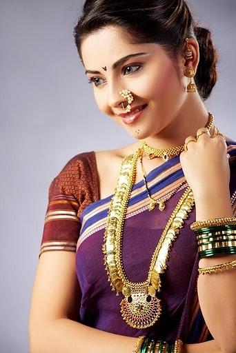 Typical Maharashtrian-Marathi way of dressing up in 9 yard saree (9 wari saree)