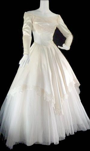 1950 39 s william cahill beverly hills vintage wedding dress for Beverly hills wedding dresses