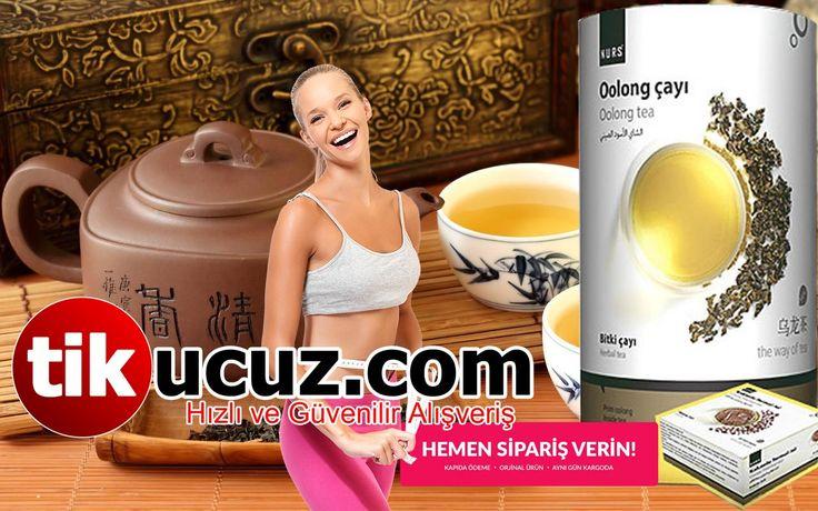 HEMEN ŞİMDİ SİPARİŞ VERİN TESLİM ALDIĞINIZDA ÖDEYİN http://www.tikucuz.com/oolong-cayi-termal-jel-hediye.html Oolong çayının sağlığa olan faydaları, siyah çayın ve yeşil çayın birleşik özelliklerinden dolayı temelde ikiye katlanmaktadır. Birleşik Çay Kurumu'na göre, bu çay, yeşil çay ile siyah çay arasında bir yere düşüyor çünkü yaprakları sadece kısmen oksitleniyor. Bu dünyada çok sayıda çay vardır, ancak oolong çayı en faydalı yöntemlerden biri olabilir.  Oolong çayının kökenleri, Çin'de…