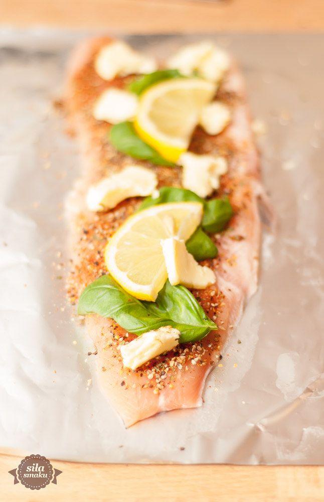 Ryba pieczona w folii   siła smaku