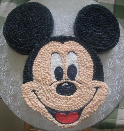 Mickey Mouse...ahhh, I had one just like this when I was 5 :0)