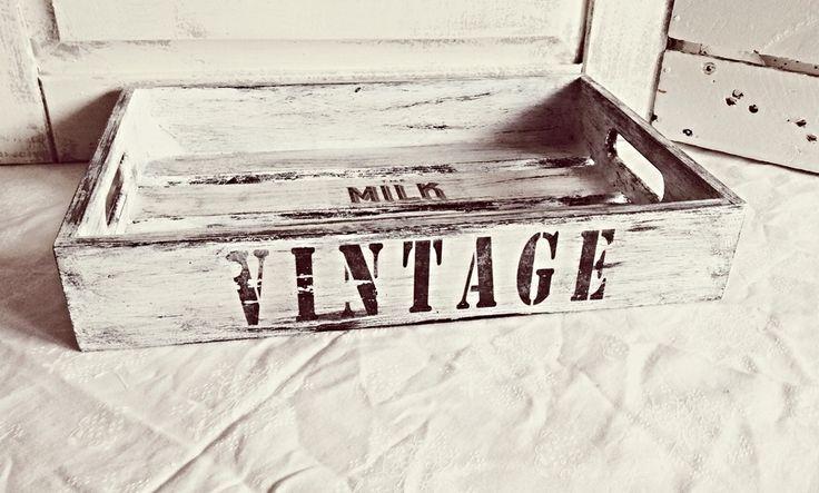 """Taca drewniana """"Milk"""" - Dwa Guziki - design dla Twojego domu. 100% hand made."""