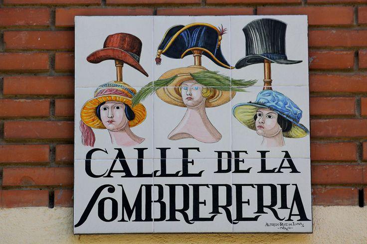 Calle De La Sombrereria (Madrid)