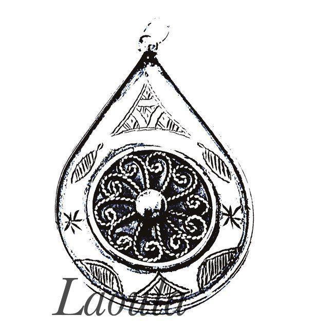 Pendentif en argent goutte ciselé, bijoux ethniques