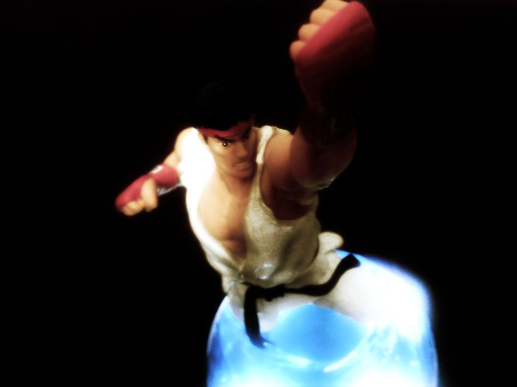 Ryu statue from Street Fighter 25th Anniversary Collection.