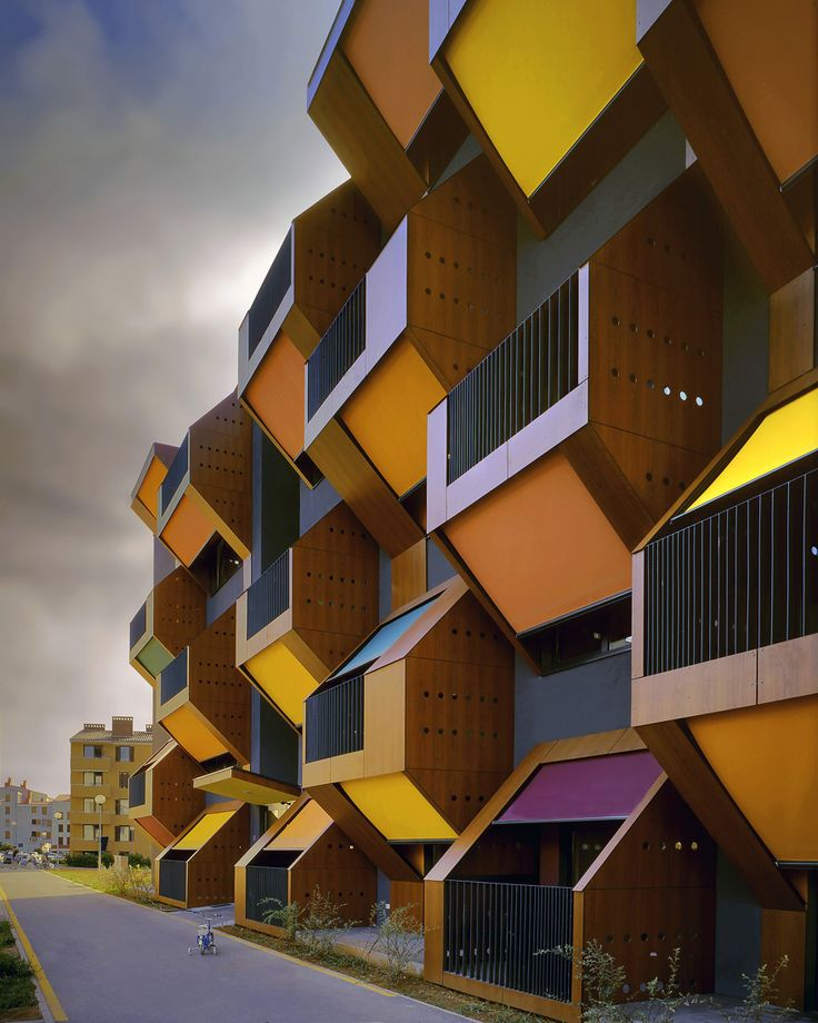 Izola Social Housing by OFIS arhitekti #arquitetura #architecture #design #building #construção #casa #house
