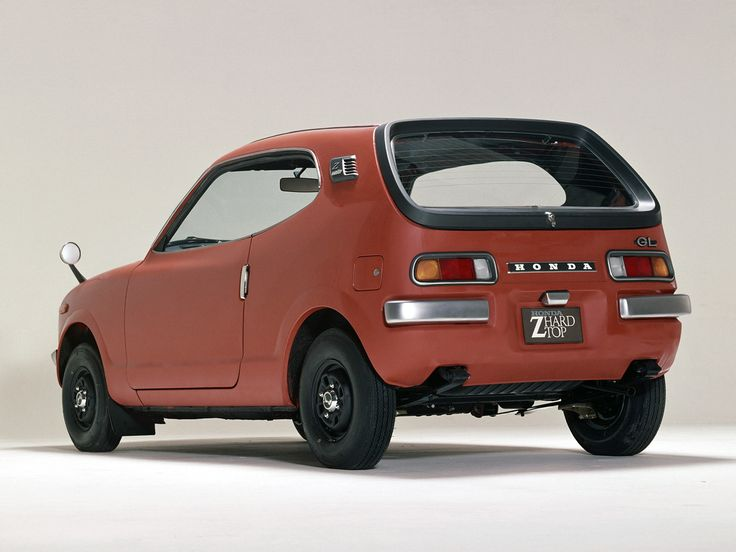 Gets 46 MGP, too bad theirs only 300 i the USA still running. {One of the early Honda cars to America, the Z/600 Coupe} | @Honda City Long Island
