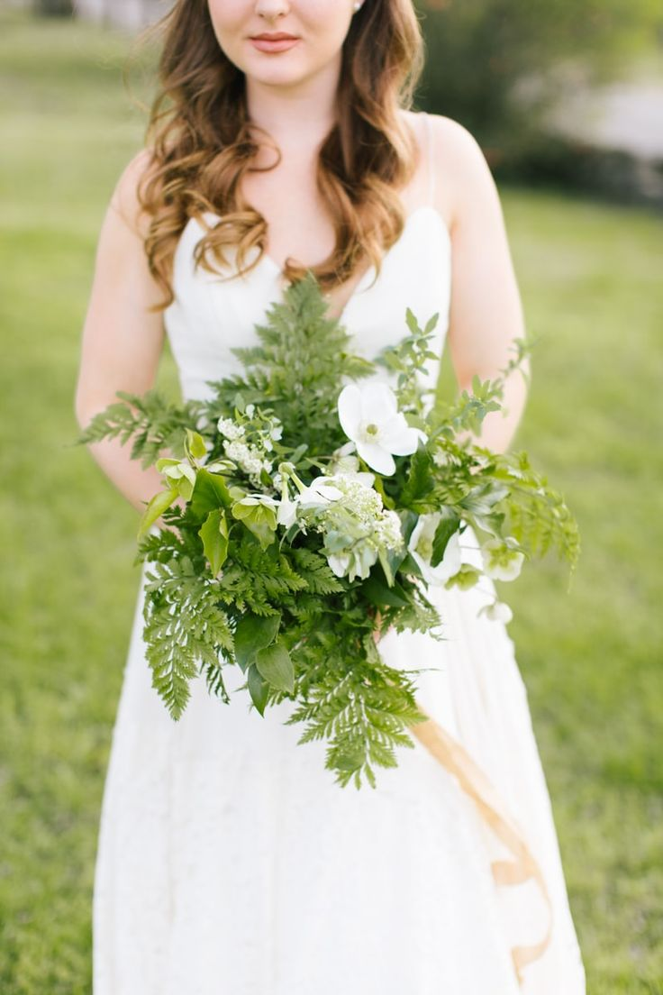 White apron gainesville fl - Bridal Bouquet From Green Inspired Styled Shoot Http Www Trendybride
