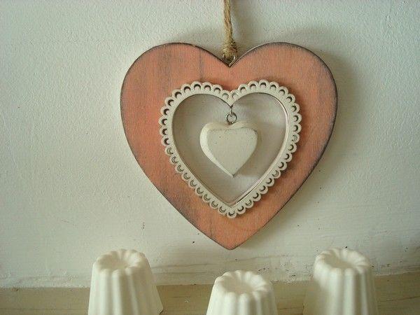 nouveaut suspension c ur en bois de rose d co. Black Bedroom Furniture Sets. Home Design Ideas