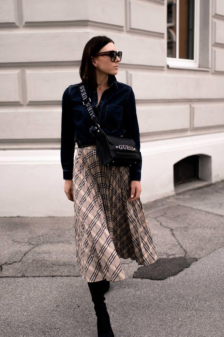 100% Qualität limitierte Anzahl klassische Schuhe Mein Midirock Outfit für den Herbst mit Jeanshemd und Boots ...