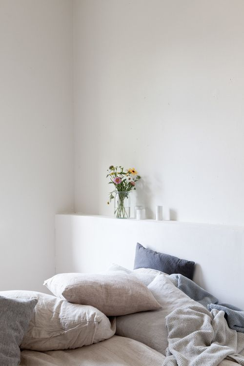 Simple minimalist bedroom
