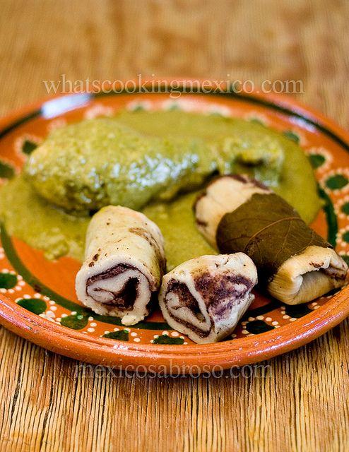 Pipian con Tamales de Frijoles Refritos | México Sabroso