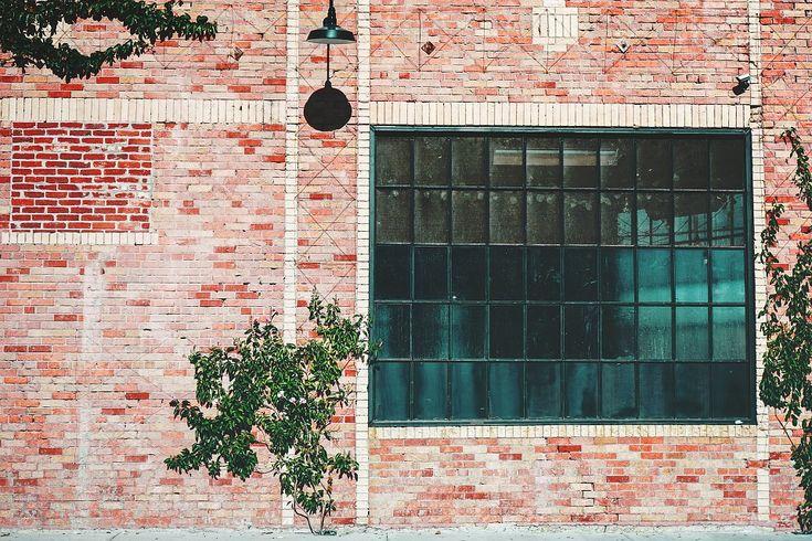 industrial brick buildings - Google-søk