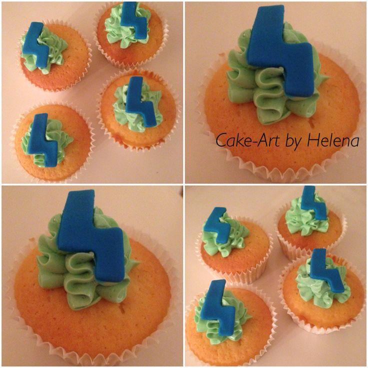 Cupcakes met botercreme toef en fondant