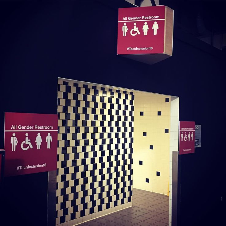 Oh noo  All gender restroom  Tech Inclusion   Türkiye'de denemeyiniz #techinclusion16