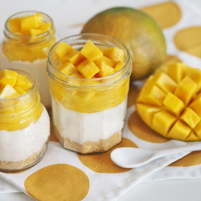 no bake mango cheesecake in a jar by www.fresshion.com